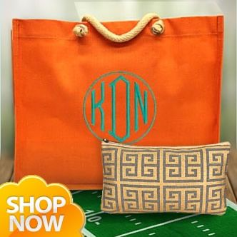 This website has TONS of purses, bags, scarves and other accessories for really low wholesale prices!