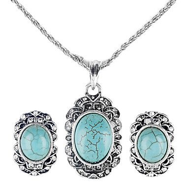 Retro Style Emerald Necklace and Earrings – USD $ 4.79