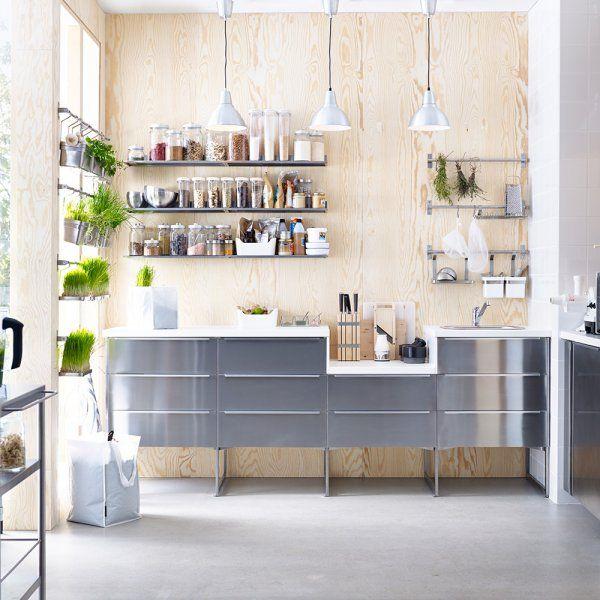 les cuisines en aluminium top les cuisines en aluminium. Black Bedroom Furniture Sets. Home Design Ideas