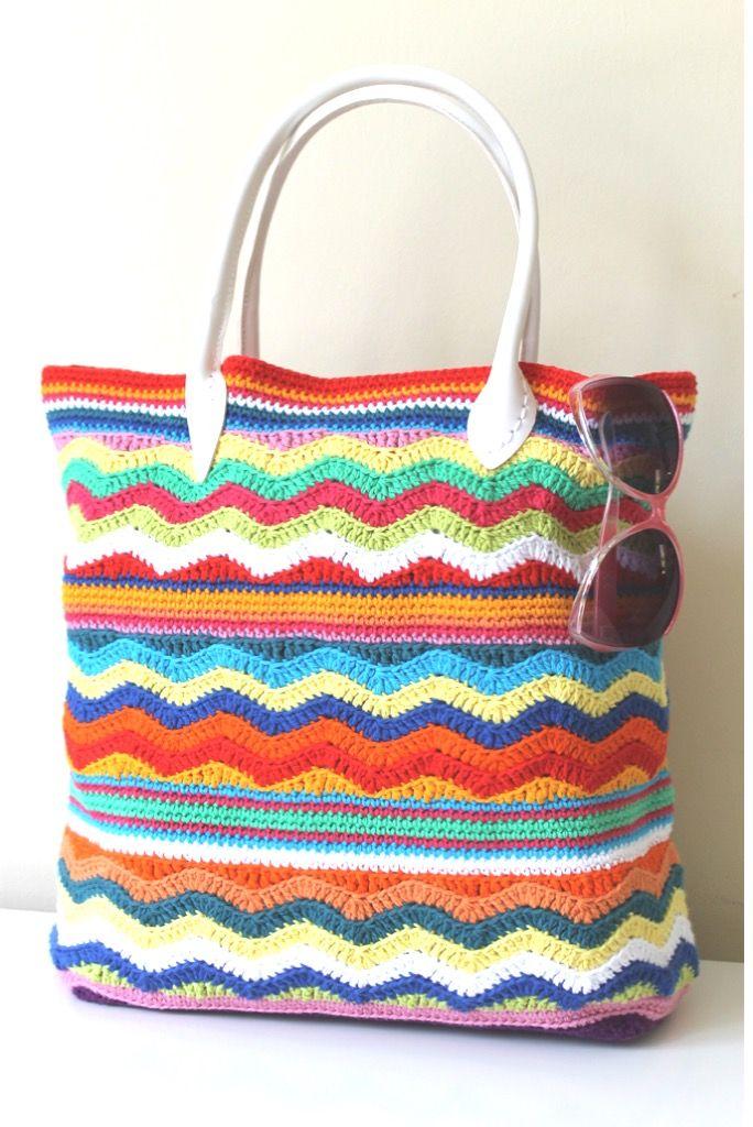By Annaboo's House - Beach Bag using Rico Creative Cotton Aran - free pattern download @ Black Sheep Wools: http://www.blacksheepwools.com/free-patterns