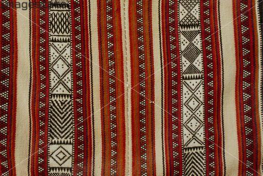 Sadu Bedouin Weaving, Kuwait. Alan Keohane / www.still-images.net