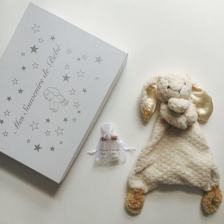 Coffret naissance mon premier doudou lapin disponible sur notre boutique en ligne | Baby box My first blanket available now on our online store