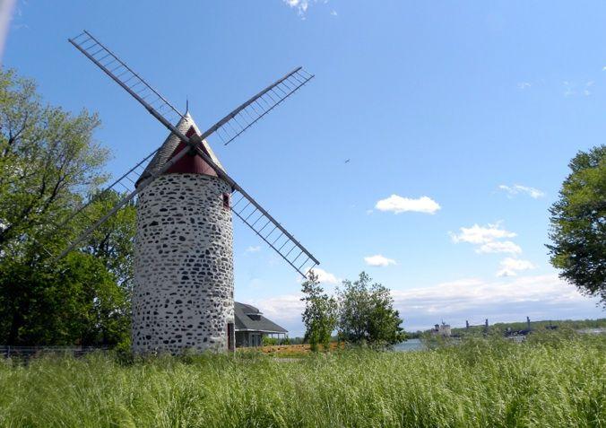 Moulin de pointe-aux-trembles construit en 1717