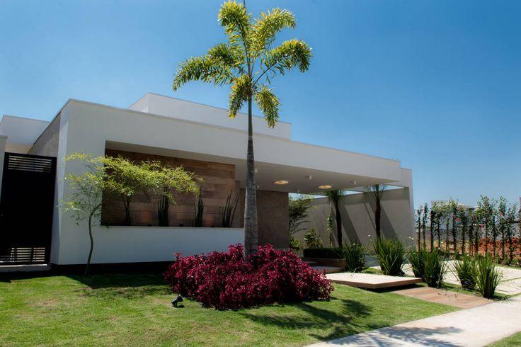 Parcourez les images de %{space_category } de style Moderne % de Camila Castilho - Arquitetura e Interiores. Inspirez-vous des plus belles photos pour créer votre maison de rêve.