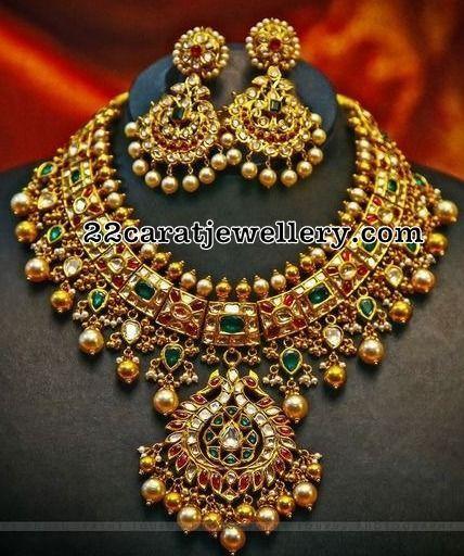 Kundan Necklace with Earrings - Jewellery Designs
