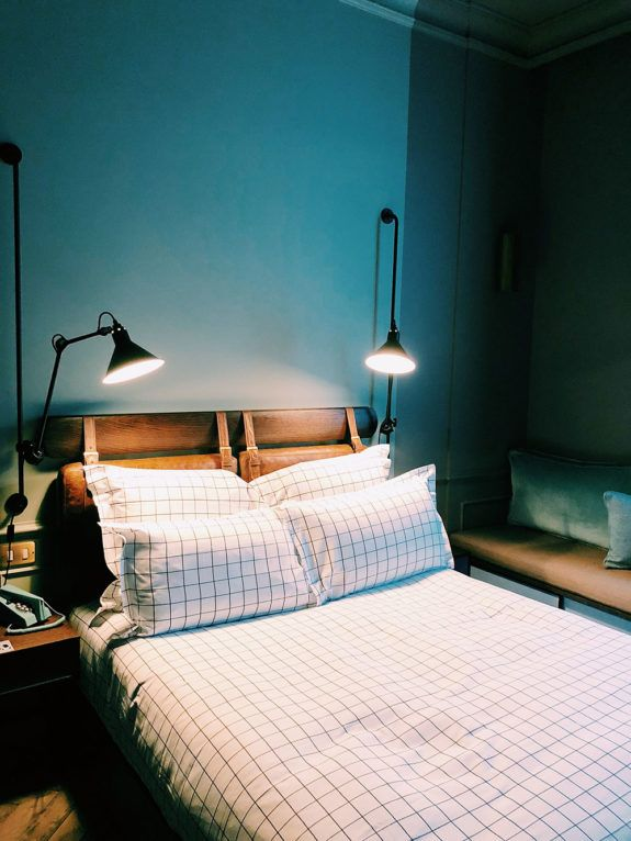 Best 25 Teal Bedroom Walls Ideas On Pinterest  Teal Bedrooms Adorable Teal Bedroom Design Design Inspiration