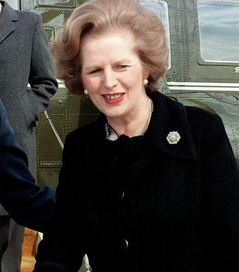 Margaret Thatcher (1925- ) Nagy-Britanniában 1979 és 1990 között, Európa első női miniszterelnökeként a Vaslady kormányzott - ezt a nevet a konzervatív párti Margaret Thatcher szigorú pénzügypolitikájával érdemelte ki. A Konzervatív Párt vezéreként különösen öntudatos politikát folytatott. Csak akkor mondott le, amikor pártján belül 1990-ben a gazdasági problémák és az új adók miatt egyre több támadás érte.