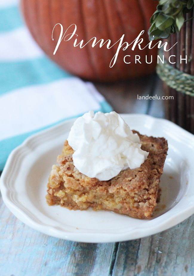 Pumpkin Crunch Recipe | www.landeeseelandeedo.com The perfect fall recipe... like pumpkin pie but with a yummy twist! So easy too!: