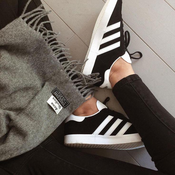 Tendance Basket Femme 2017- Sneakers femme Adidas Gazelle black (beautycurls_leblog)
