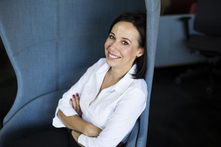 Elżbieta Pyrek wyjaśnia, dlaczego ergonomia jest tak ważna przy projektowaniu Waszych biur. http://www.meblosfera.pl/ergonomia-w-przestrzeni-biurowej/  #elzap #meble #biuro #ergonomics #furniture #meblosfera #design #kobieta #women #business #businesswoman
