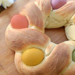 Foto recept: Vlechtbrood met paaseieren