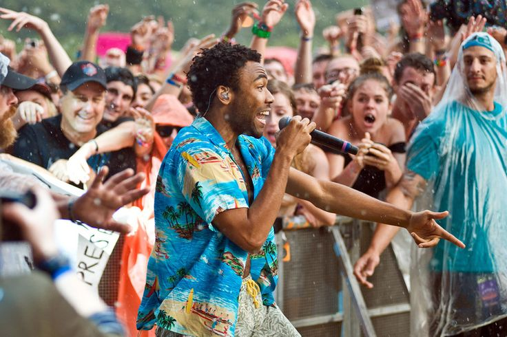 Childish Gambino performs at Lollapalooza 2014