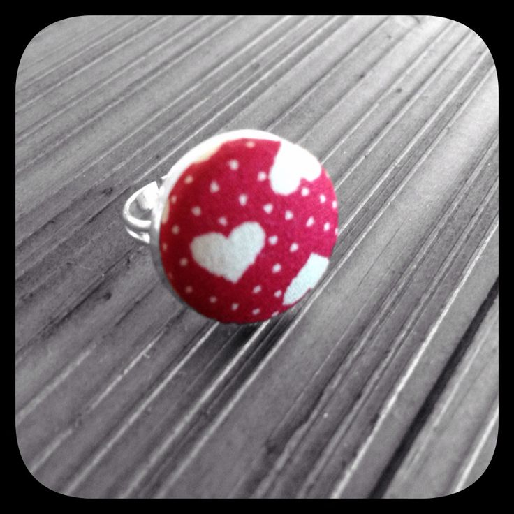 Cream Hearts on Red: Medium Bezel Set Ring https://www.madeit.com.au/YouPlusMeAndMissLilyMakesThree I ♥ Fabric Range