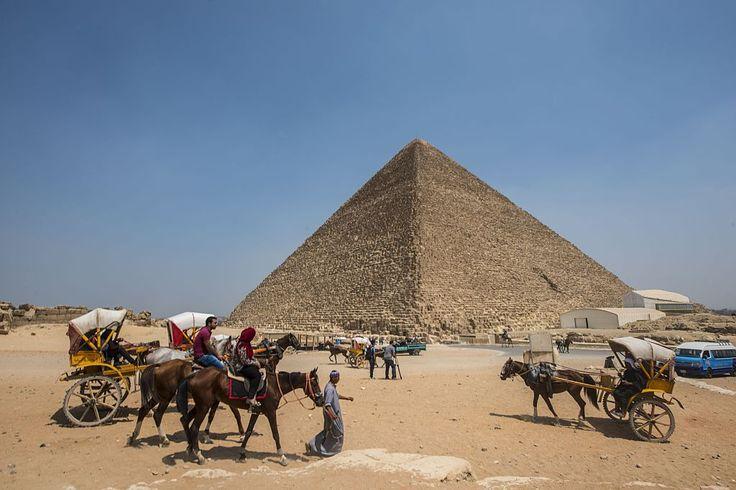 Drop in Tourism Hinders Restoration Efforts in Egypt http://lnk.al/3uHa #artnews