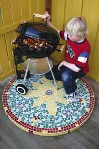 Grillskydd - Vackert grillskydd i mosaik - viivilla.se