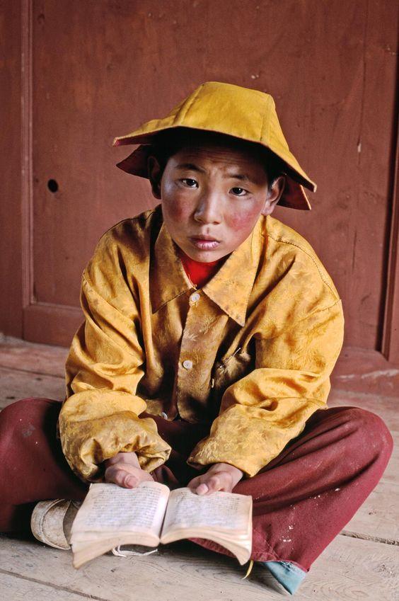 Novice monk studying in Lithang. Kham, Tibet, 1999 - Steve McCurry