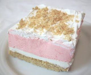 Strawberry Cream Dessert. Hmmm... could make different flavor combinations. This would be good for a party!