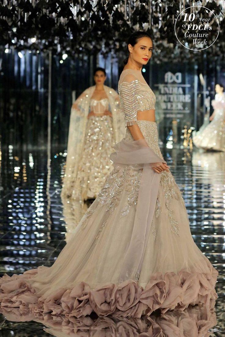 Cream wedding lehenga | Manish Malhotra Couture Week Fashion | Indian bridal inspiration