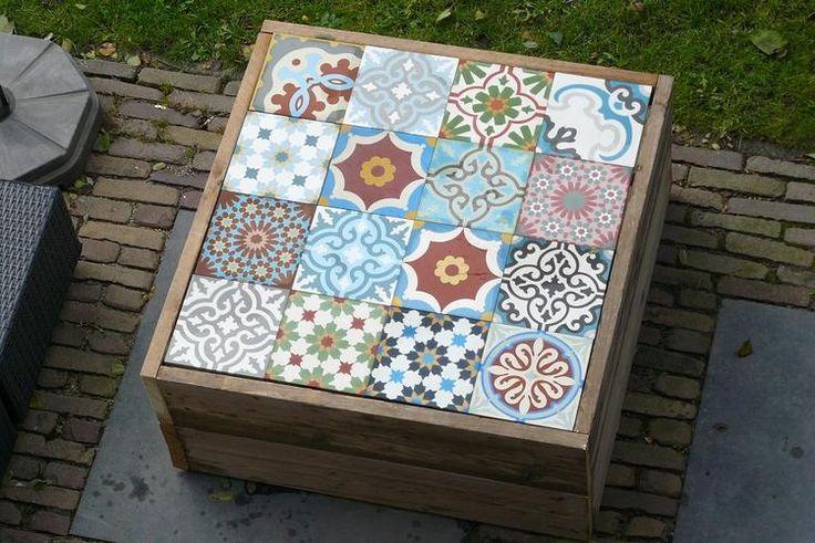 Bekijk de foto van Manon-Clement met als titel Leuk bijzettafeltje voor in de tuin en andere inspirerende plaatjes op Welke.nl.