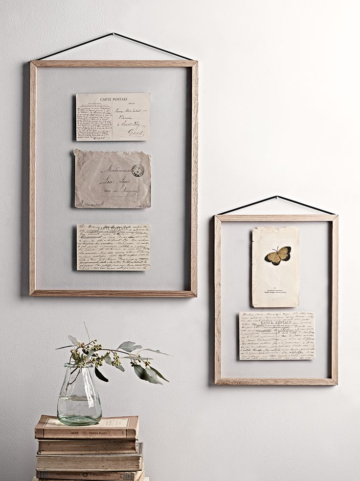 Inspired by simple and stylish Scandinavian design and made in Denmark, our hanging frames have been crafted from four oak pieces, two sheets of high quality plexiglass and a smooth black rubber band. Available in three sizes, each hanging frame includes a high quality plexiglass front and back, surrounded by a slim textured oak border and secured with a black rubber band.