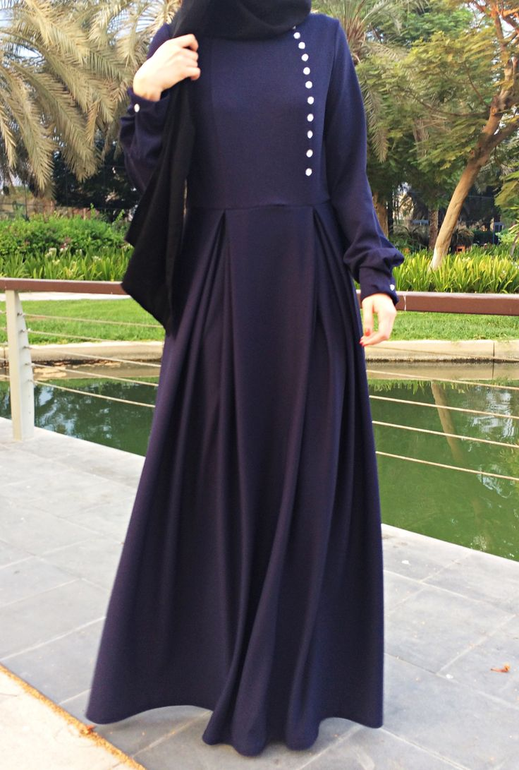 Double Pleats Maxi Dress - Navy Blue