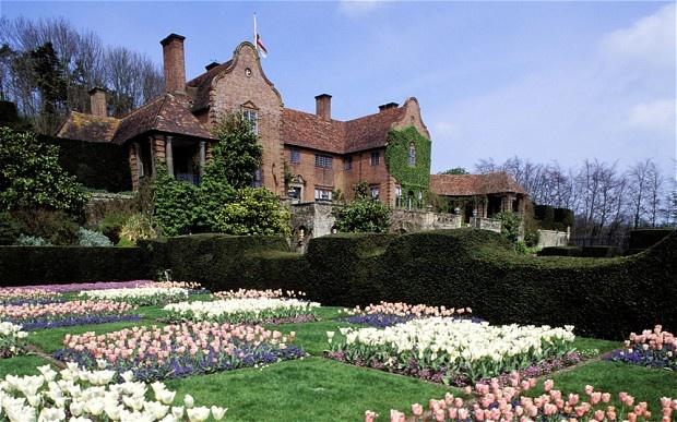 Les 52 meilleures images du tableau formal garden sur for Jardins anglais celebres