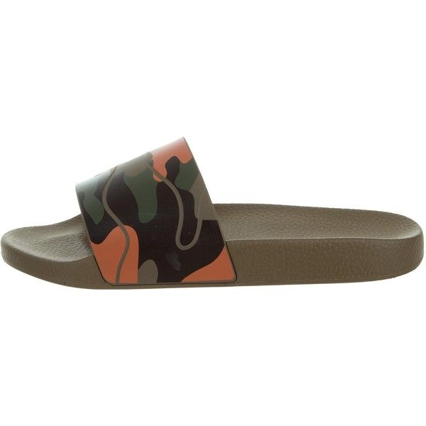 Pre-owned Valentino Camouflage Rubber Silde Sandals ($225) ❤ liked on Polyvore featuring men's fashion, men's shoes, men's sandals, brown, mens brown sandals, mens rubber sandals, mens multi colored shoes, mens sandals and mens shoes