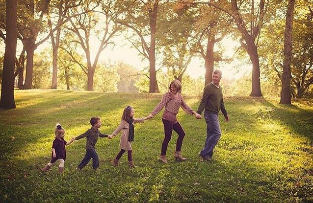 Family of five photo ideas