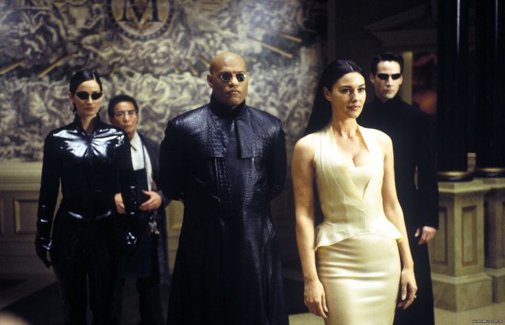 Carrie-Anne Moss, Randall Duk Kim, Lawrence Fishburne, Monica Bellucci & Keanu Reeves in #TheMatrixReloaded (2003).