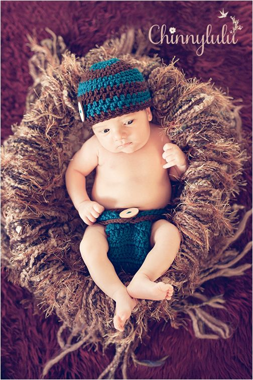 #newbornphotography #ocnewbornphotographer #ocnewbornphotography #chinnylulu #chinnylulunewbornphotography #newbornpose #crochethat #26daysold
