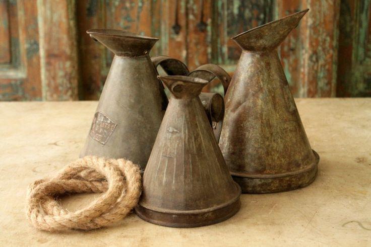 Oil Pot Vintage Industrial Oil Pitcher Metal Pot Stem Vase Farm Chic Wedding Decor Restaurant Tabletop Photography Prop