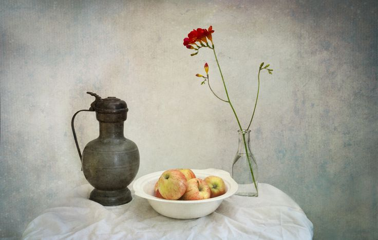 https://flic.kr/p/EYQo8q | Apples, Jug & Flower - still life | Still life shot of some apples in a bowl with a pewter jug and a single flower in a bottle.