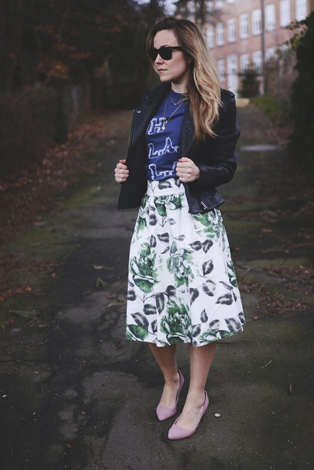 Blogger Emilie Salomon wearing Ganni skirt & t-shirt from the 2015 Spring / Summer collection.
