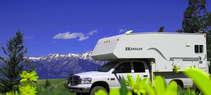 Rent an RV | Travel Trailer Camper Rental | Motorhome Rental.  Find excellent campgrounds & the best attractions.
