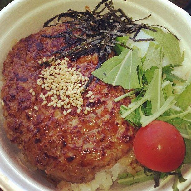 フェス飯朝食・和風ロコモコ丼 なかなか美味しかった