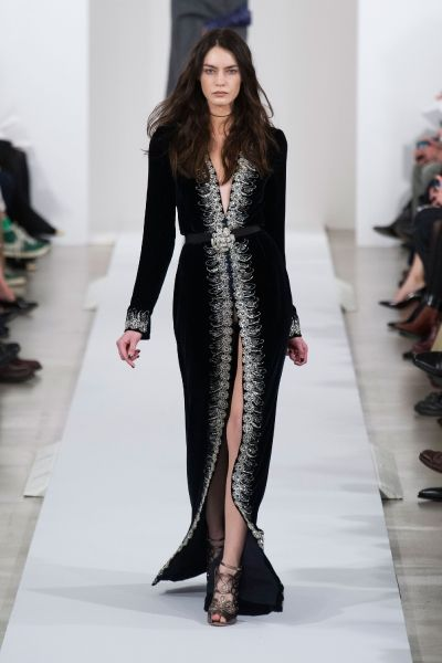 """Oscar de la Renta Fall 2013 - I would die for this as the """" mother of the groom"""" dress."""