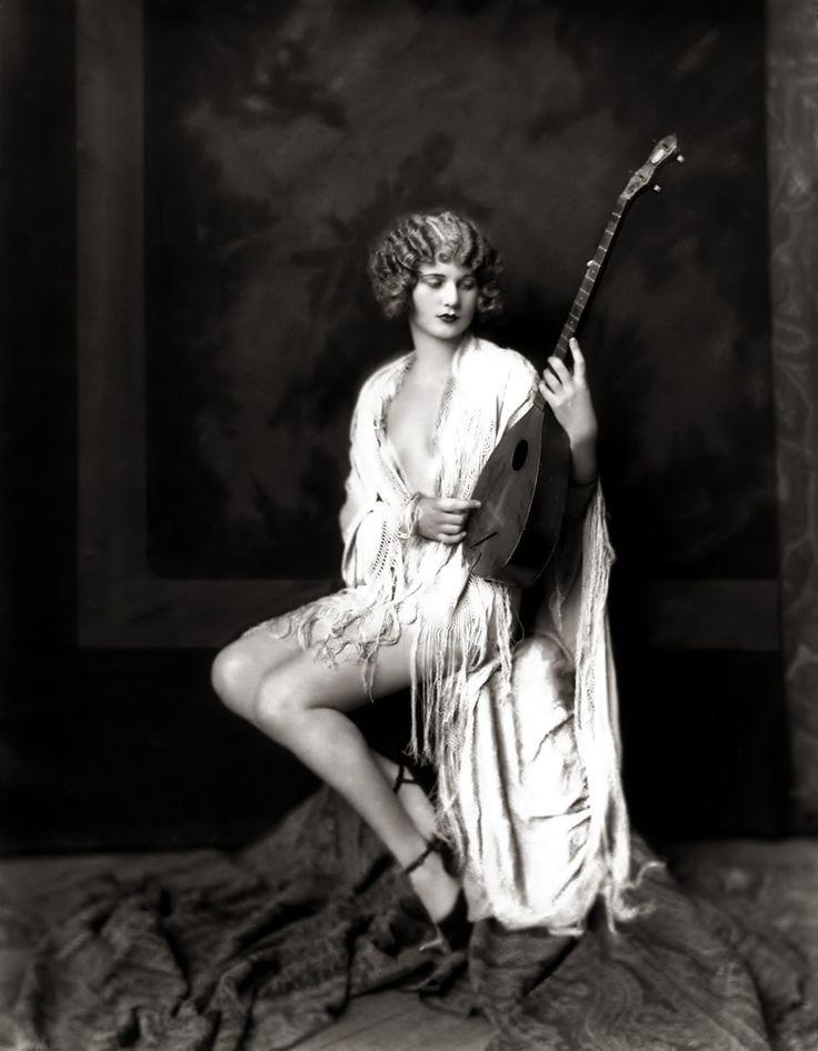 vintage-glamour-models-galleries