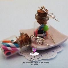 Boucles d'oreilles fioles mélange de bonbons, bijou gourmand fimo.  Polymer clay. http://des-bijoux-en-veux-tu.alittlemarket.com www.facebook.com/Desbijouxenveuxtuenvoila