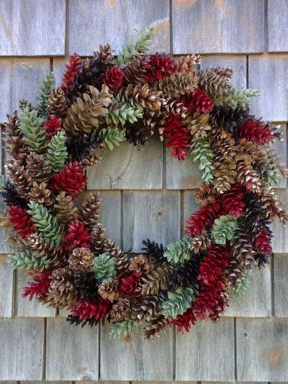 NapadyNavody.sk   21 nápadov na nádherné vianočné vence vyrobené zo šišiek