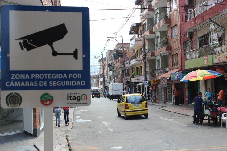 Cada esquina nos recuerda que estamos protegidos, y que en Itagüí se vive mejor.