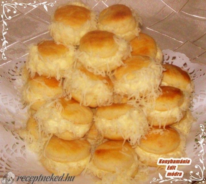 Borzas sajtos pogácsa recept | Receptneked.hu (olcso-receptek.hu)