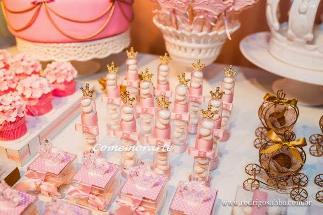 Encontrando Ideias: Tema Princesas: Finding Ideas, Festa Princesas, Festa Infantil, Tema Princesas, Coroa Princesa, Party Idea, Das Princesas, Princess Parties, Ideia Lembrancinha Princesa