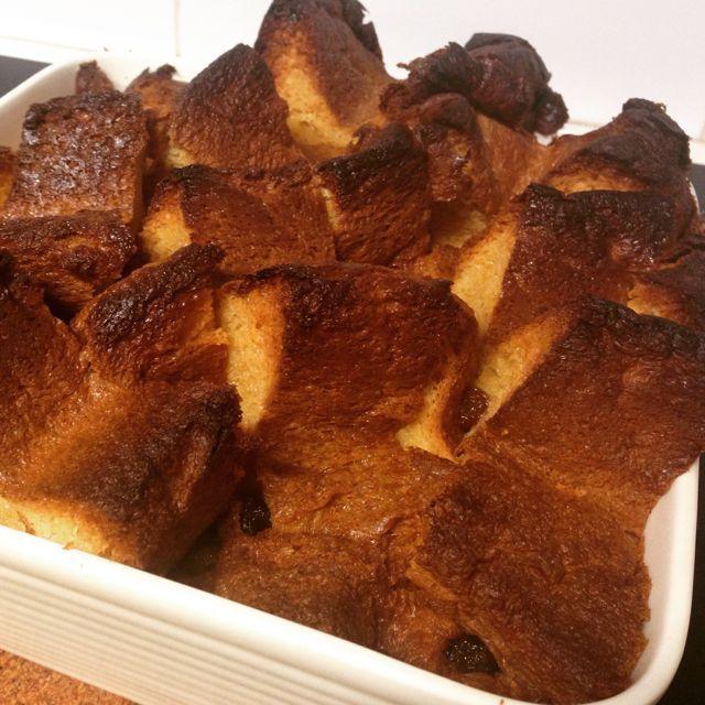 Crispy crunchy soft and sweet - amaretto caramel panettone pudding forever!