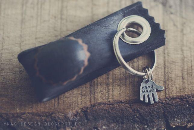 Schlüsselanhänger aus Fahrradschlauch.