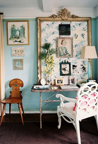 Turquoise Writing Area