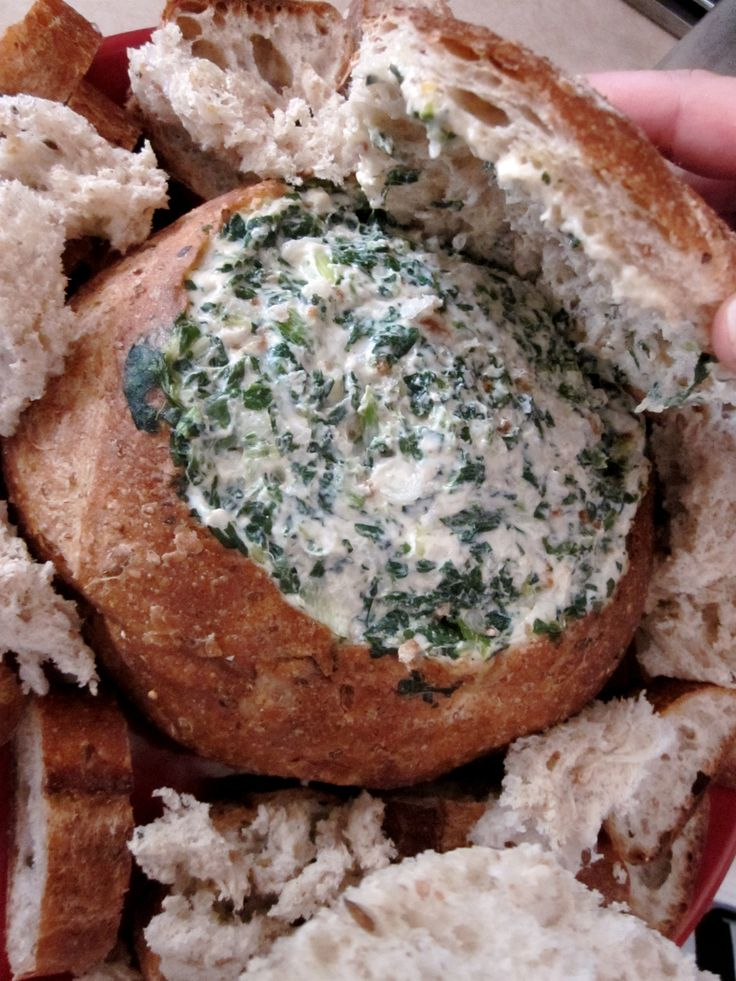 This retro dip is seriously addictive but perfect for summer rooftop BBQ's! Cobb Loaf or Spinach Dip Ingredients: 1 large cob loaf 2 x 250g packets of frozen spinach 30g packet of French onion soup…