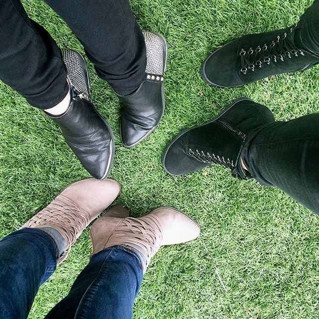 Round up your crew & your Fergie #shoes, #Coachella #weekend2 is just over the hump. 🎡✌️👢 INDIGO • JILLIAN • WEEVER #fergie #fergieshoes #ankleboots #wedgeboots #wedgesneakers #sneakerboots #springboots #festivalstyle #fergalicious #fergiefootwear