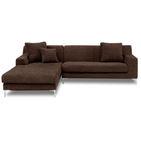 部屋のスペースは広くとれないが、ハイセンスなL字型のソファーがほしい! そんな皆様の贅沢な意見に答えるべく、リグナはこのカウチソファーを提案します。全体的にコンパクトサイズにもかかわらず、広くゆったり座れる完璧主義のソファーです。 素材は高級ファブリック。 肌触りが本当に気持ちよく、作りはしっかりしています。 しかも、ファブリックソファーの悩める点であった、クリーニングにも完全対応。オールカバーリングタイプなので、はずしてドライクリーニングが出来ます。 座面は3層構造で、...