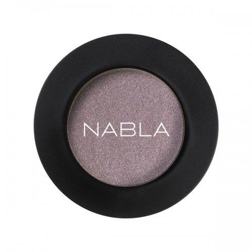 Prachtige losse (hoog gepigmenteerde) oogschaduw van Nabla Cosmetics! Kleur interference ; grijs/paarse kleur Zowel nat als droog aan te brengen! Crueltyfree & Vegan Makeup