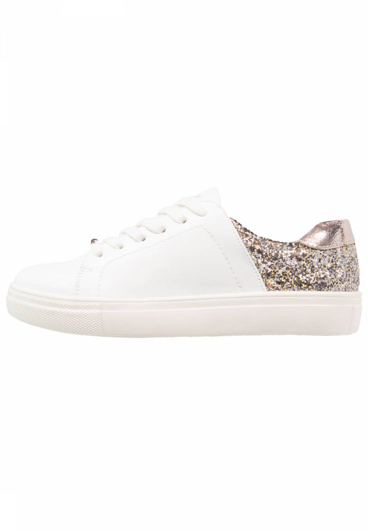 ONLY SHOES. ONLSAGE CONTRAST - Trainers - white/sand glitter. Sole:synthetics. Shoe tip:round. Padding type:Cold padding. Heel type:flat. Lining:imitation leather/ textile. detail:decorative seams. shoe fastener:laces. Fabric:Synthetic leather. upper material...
